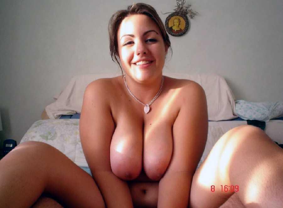 Curvy naked girls